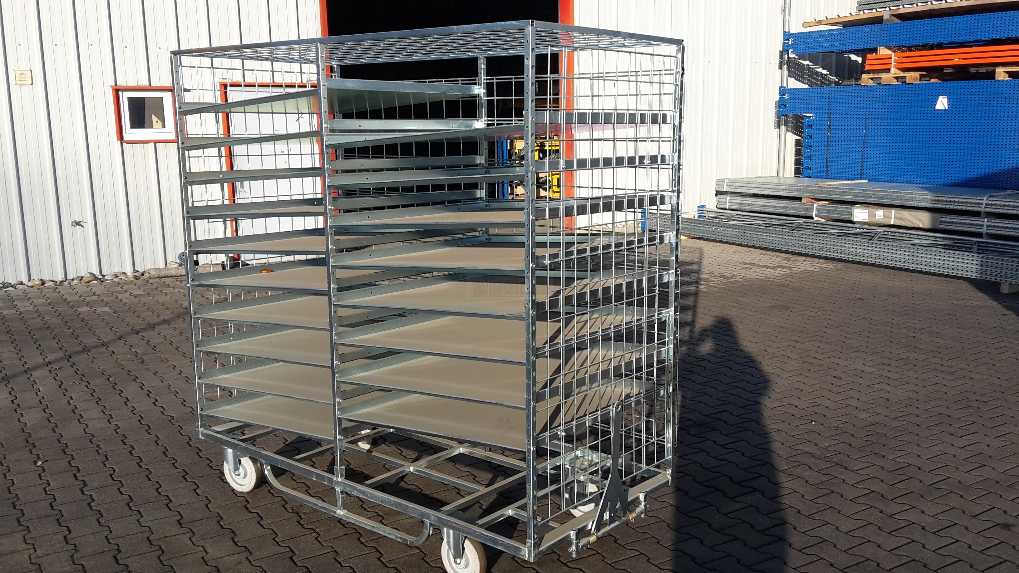 """Etagenwagen """"Ergobjörn"""", gebraucht Baujahr 2011 (18 Böden)"""
